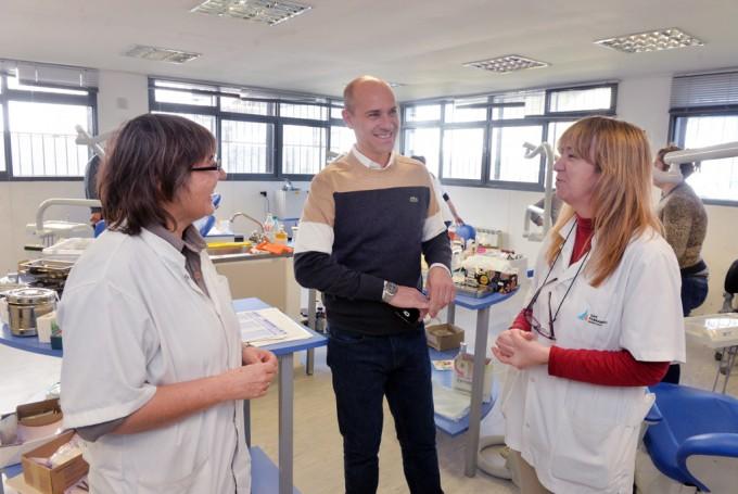 Las murgas de San Fernando participan de un programa odontológico municipal
