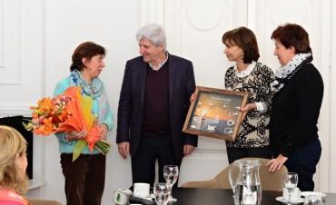 Luis Andreotti recibió a la docente Cinzia Pellegrini