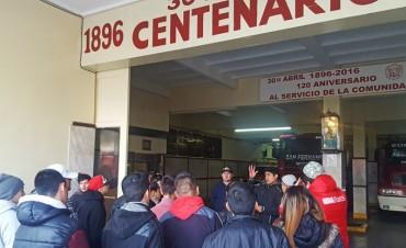 Los jóvenes de 'Casa de Día' visitaron el Cuartel de Bomberos de San Fernando