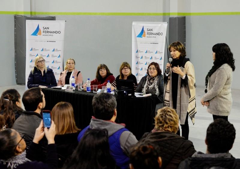 Alicia Aparicio participó del taller sobre violencia familiar de las Iglesias Evangélicas