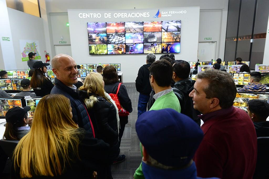 Vecinos de Virreyes Oeste visitaron el Centro de Operaciones San Fernando