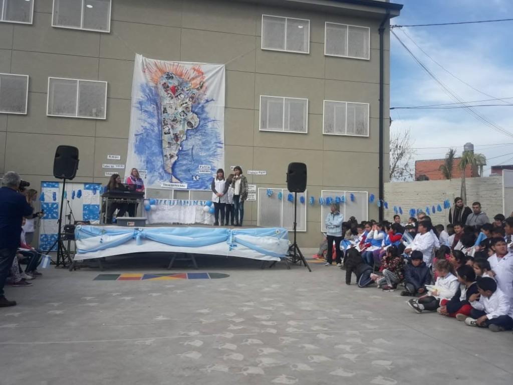 La comunidad educativa de la Escuela N° 28 de San Fernando celebró el Día de la Independencia
