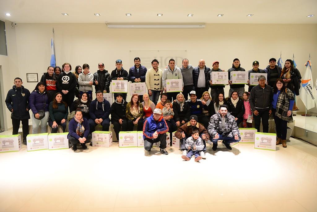 El Municipio entregó reconocimientos a las murgas que participaron de cursos de prevención