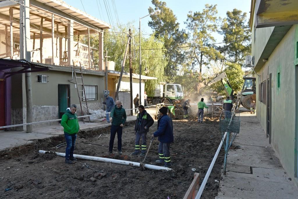 San Fernando realiza mejoras de pavimento y sistema hidráulico del barrio San Lorenzo
