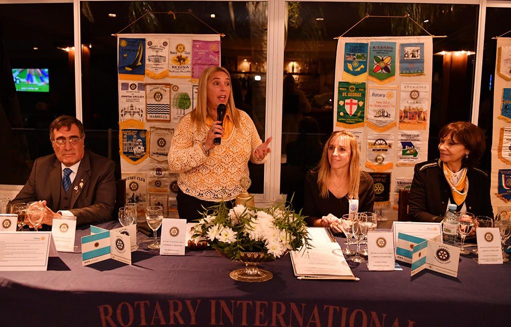 El Municipio presente en la renovación de autoridades del Rotary Club de Punta Chica
