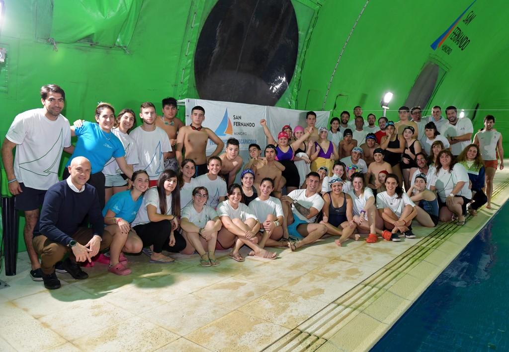 San Fernando realizó un torneo de Natación Inclusivo en el Poli N° 8