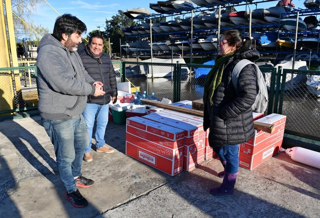 San Fernando entregó calefactores para acondicionar escuelas de Isla
