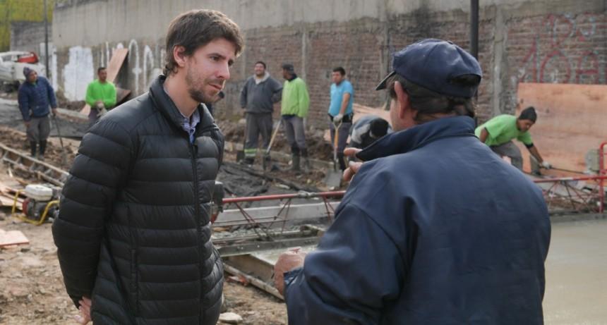 San Fernando realiza mejoras de pavimento y sistema hidráulico en el barrio Alvear