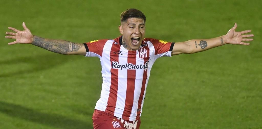 San Martín le ganó a Tigre por 1 a 0 y se prendió en la pelea