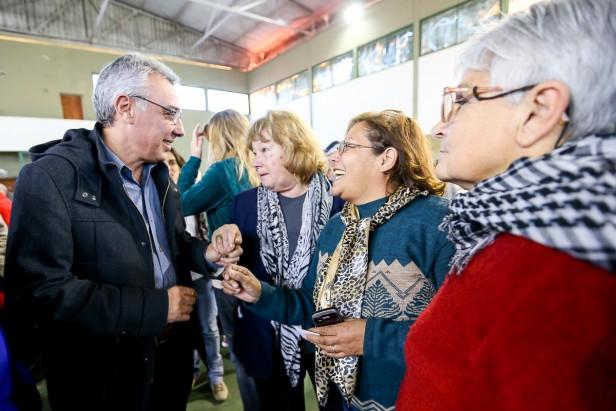 Más de 150 abuelos de Tigre participaron de una jornada recreativa en Magdalena