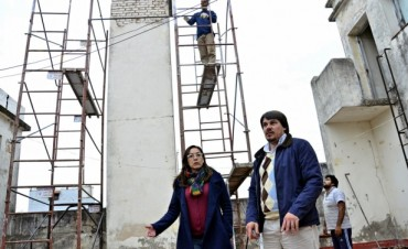 El Municipio, junto al Consejo Escolar de San Fernando y el Sindicato de Empleados de Comercio, repara el edificio de la EGB 40 José Gervasio Artigas