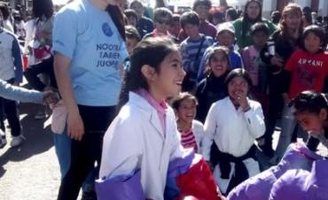 MAS DE MIL NIÑOS FESTEJARON SU DIA EN SAN SALVADOR DE JUJUY