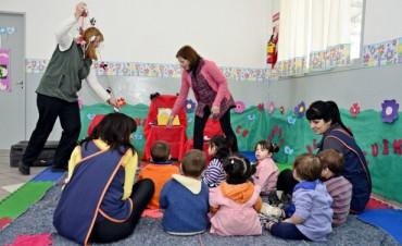 La Biblioteca Rodante llega a todos los niños que concurren a las UDI municipales