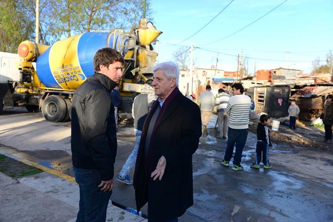 Andreotti recorrió la avanzada obra de urbanización del barrio San Jorge