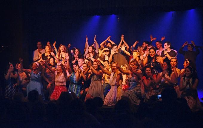 Escuelas Municipales de Teatro y Comedia Musical subieron a escena en el Martinelli
