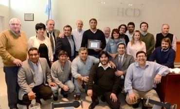 El HCD de San Fernando reconoció al 'Chapa' Retegui por la obtención del oro en Río 2016