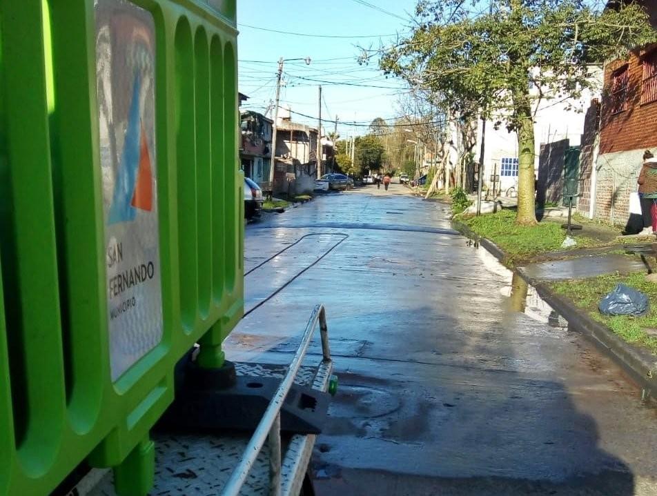 San Fernando realizó tareas de limpieza en el área afectada por la Sudestada