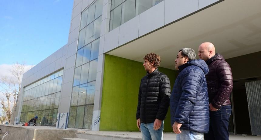 Juan Andreotti visitó la avanzada obra del nuevo edificio de Tránsito de San Fernando