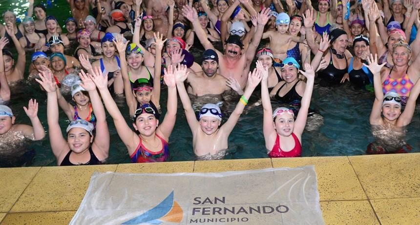 El Poli N° 3 fue sede de la gran Maratón Acuática de Natación