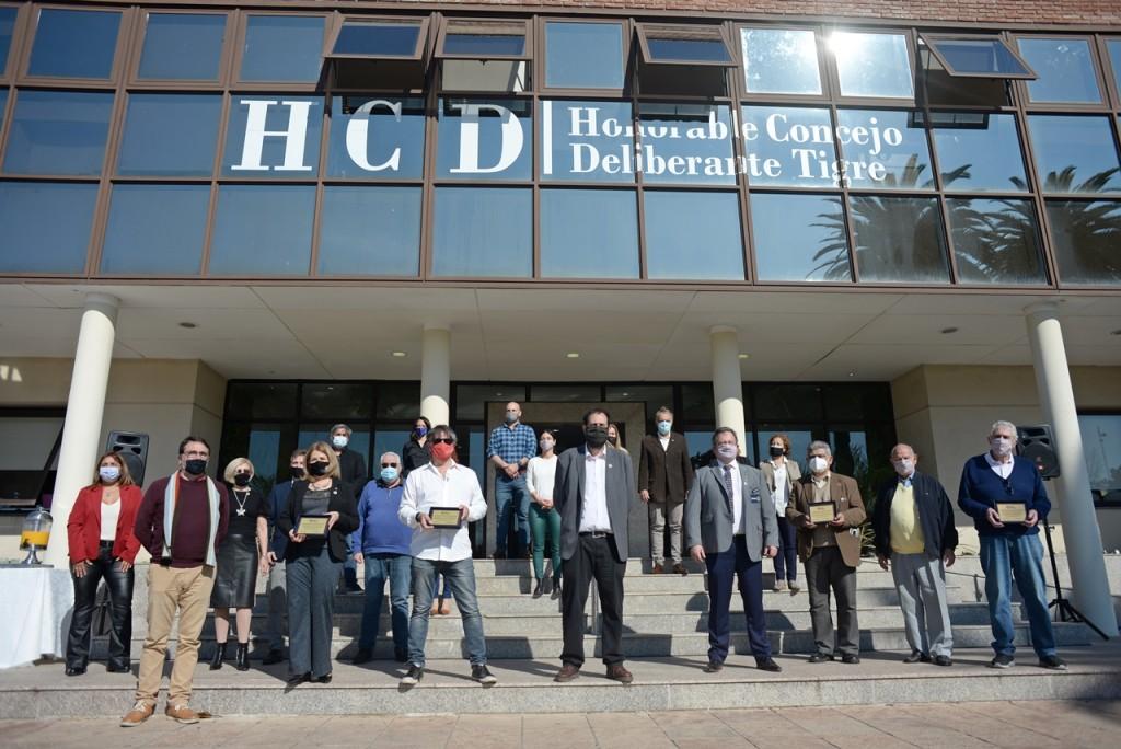 El HCD de Tigre homenajeó a los Clubes Rotarios de Tigre