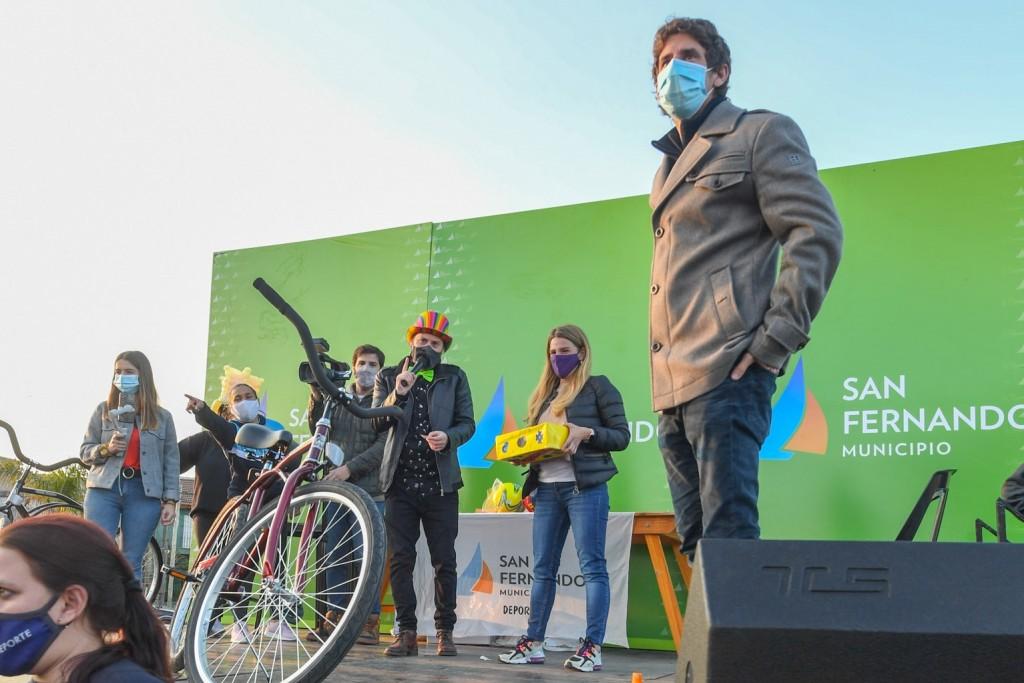 Juan Andreotti acompañó los festejos por el ´Mes de la Niñez´ en las plazas de San Fernando