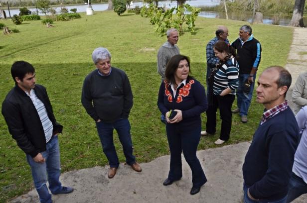 Hospitales de Islas: Luis Andreotti y funcionarios supervisaron trabajos y anunciaron más obras
