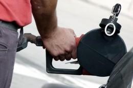 El titular de ARBA cuestionó a intendentes massistas por cobrar una tasa municipal a la nafta