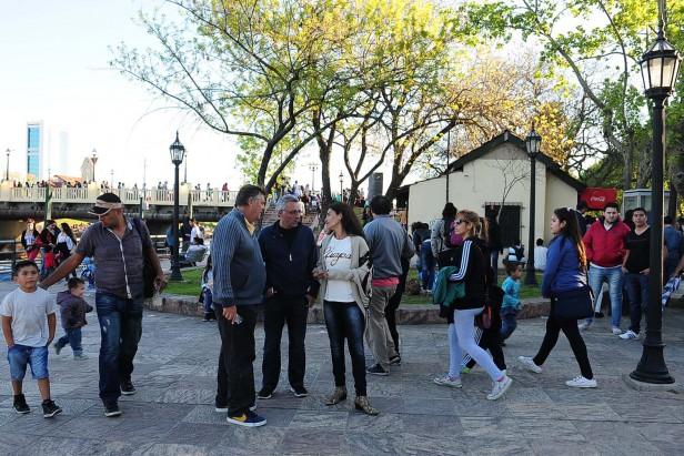 Multitudinario festejo del Día de la Primavera en Tigre