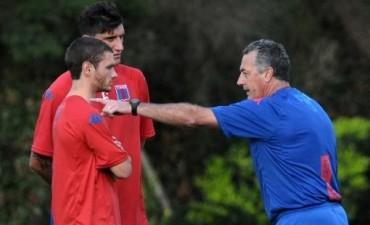 Gustavo Alfaro asumió como nuevo director técnico de Tigre