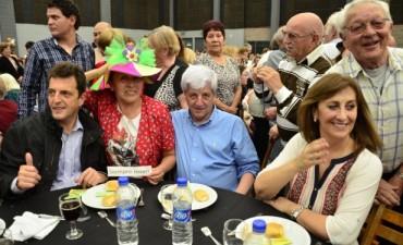 Los jubilados de San Fernando festejaron su día con una multitudinario festejo organizado por el Municipio