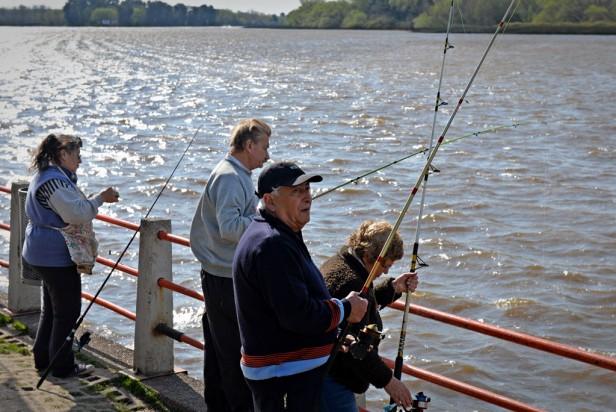 Contra viento y marea: se concretó otro Torneo de Pesca para la tercera edad en San Fernando