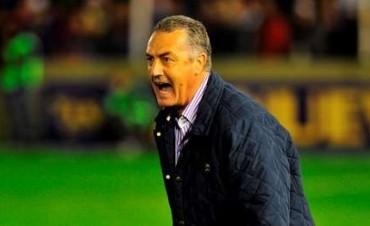 Gustavo Alfaro definió tres modificaciones en Tigre para el match del viernes ante Godoy Cruz