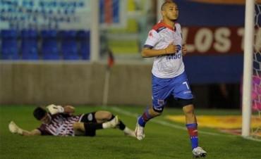 Un triunfo para seguir subiendo: Tigre venció a Godoy Cruz, que no levanta cabeza