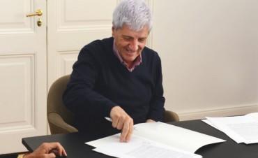 Andreotti firmó con el CESYT un 35% de descuento para empleados municipales