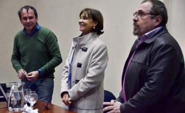San Fernando capacita al personal administrativo de sus Centros de Salud
