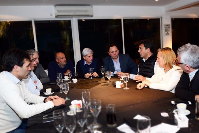 Massa e intendentes del FR se reunieron en San Fernando por el Presupuesto 2017