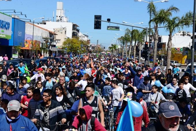 """Más de 6 mil vecinos de San Fernando disfrutaron de la """"Bicicleteada Familiar 2016"""""""
