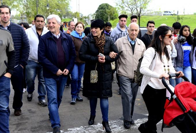 Andreotti acompañó las fiestas patronales de Santa Teresita del Niño Jesús