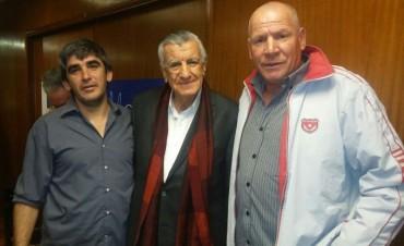 La Agrupación Lealtad de Roberto Passo estuvo presente en encuentro con Gioja