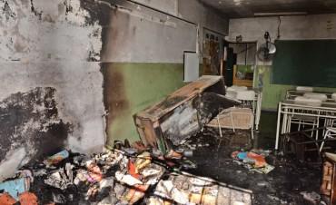 Tras otro incendio, el Municipio colabora con Provincia en la refacción de la Escuela N° 5