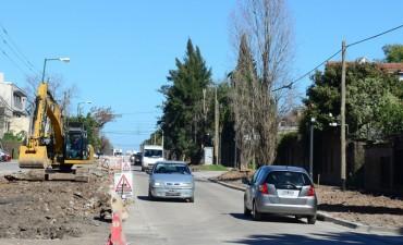 Se habilitó una mano de la avenida Uruguay, mientras avanza su renovación