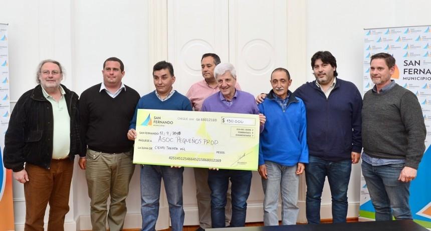 Andreotti entregó una ayuda a los pequeños productores del Delta