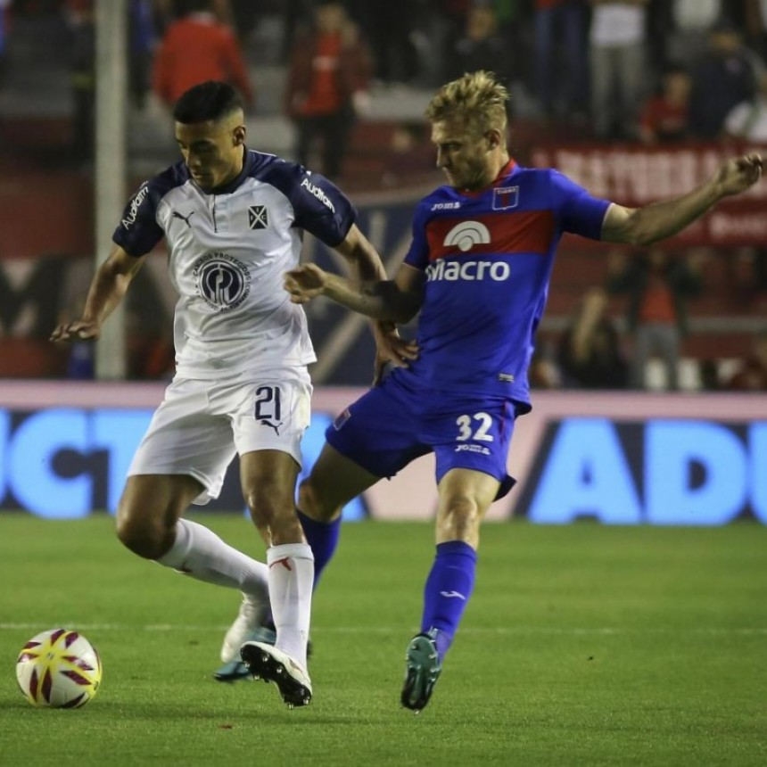 """El """"Rojo"""" no pudo romper el 0 ante Tigre y empató en Avellaneda."""