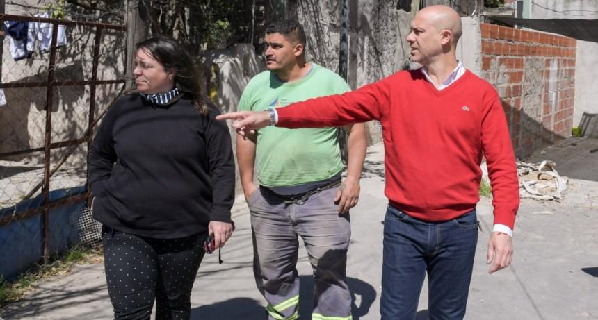 """El Municipio realiza mejoras en el barrio """"El Pueblito"""""""