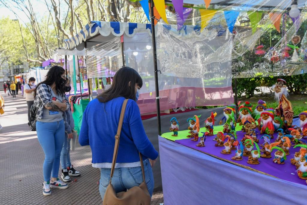Con gran convocatoria, comenzó el 24° Encuentro Nacional de Artesanos en San Fernando