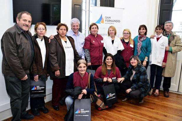 Luis Andreotti reconoció a empleadas municipales que atendieron partos inesperados