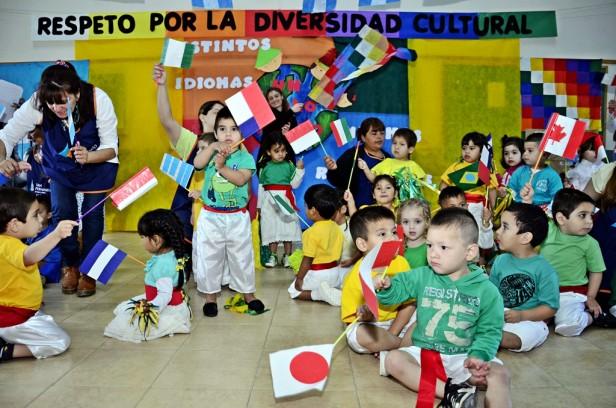 "La UDI de Villa Jardín festejó el ""Día del Respeto a la Diversidad Cultural"""