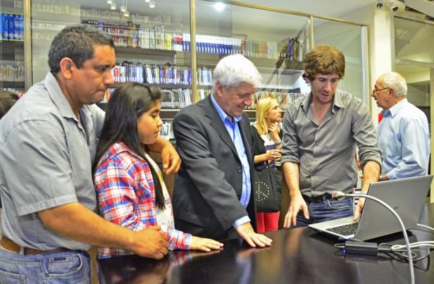 Luis Andreotti inauguró el nuevo edificio de la Biblioteca Rómulo Naón