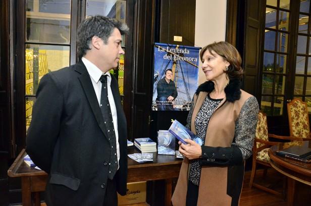 El Municipio de San Fernando acompañó el lanzamiento de un nuevo libro