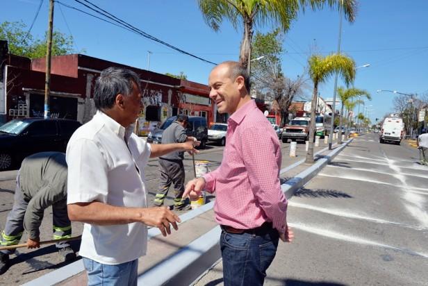 San Fernando realizó tomados de juntas y pintura vial en la Av. Avellaneda